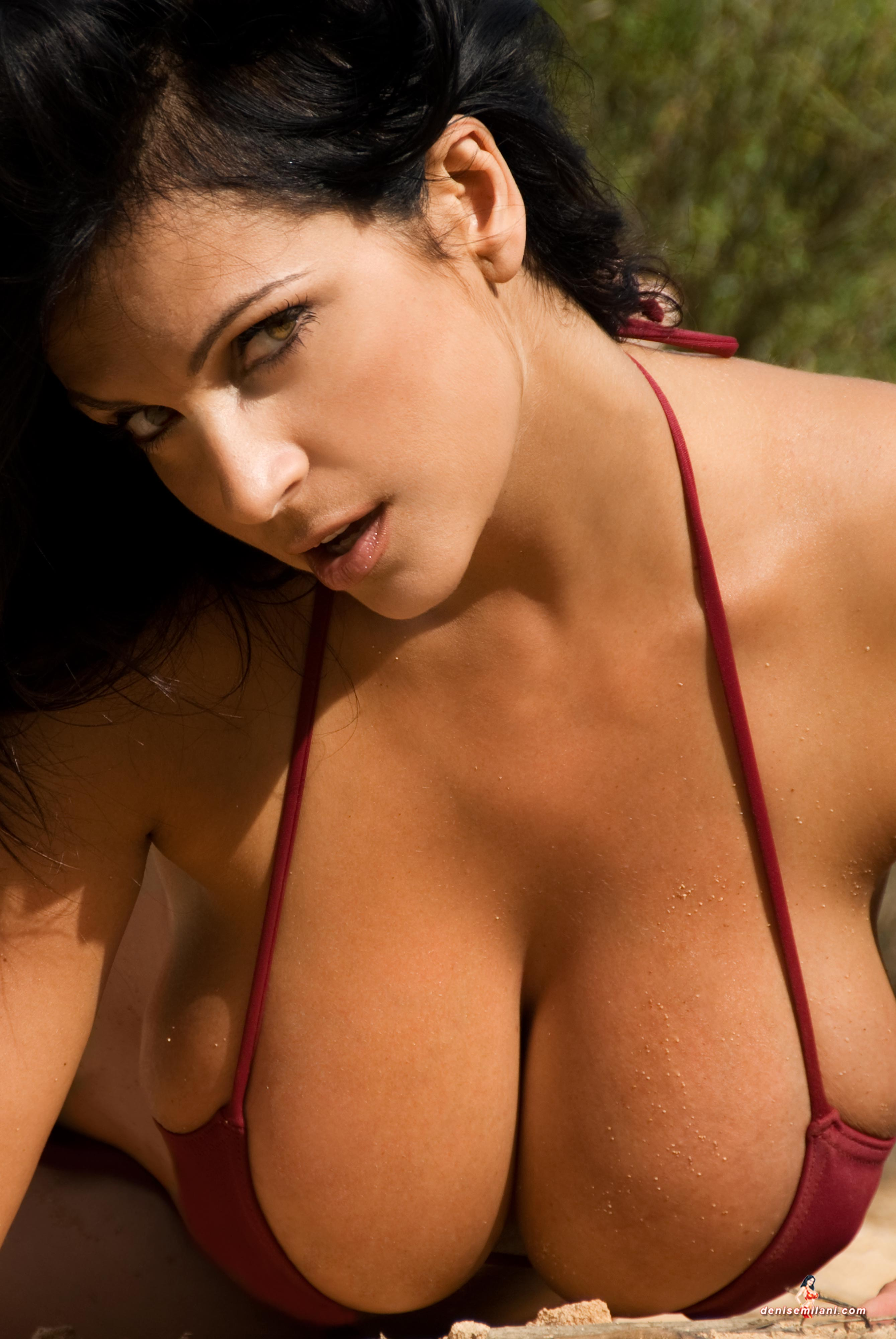Naked Women With Big Natural Boobs