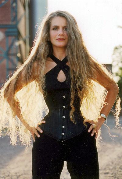 Vote for the Best Hair Length for White Women! | White Goddess