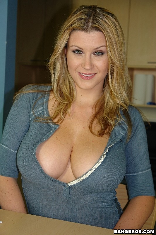 Big breasted nude white women 6
