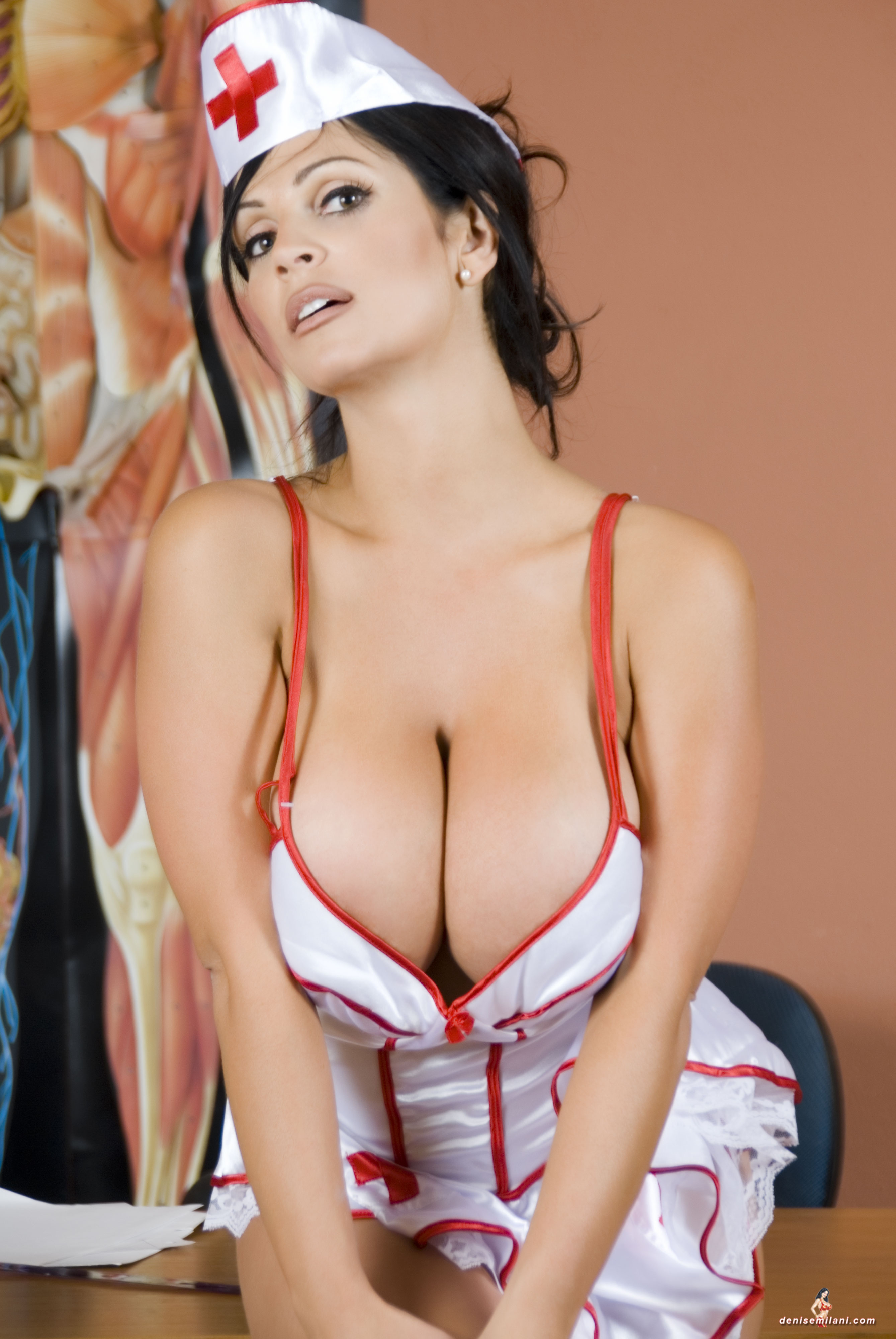 naughty nurse halloween costumes